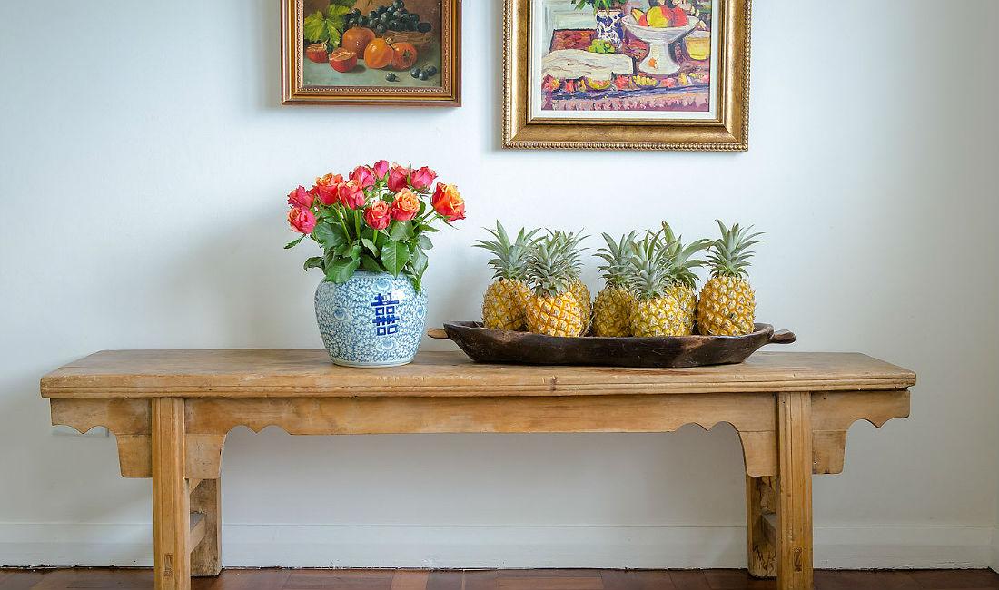 home-slider-pineapple-bench